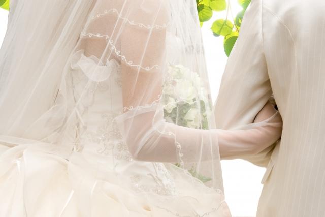 晩婚化による影響と対策