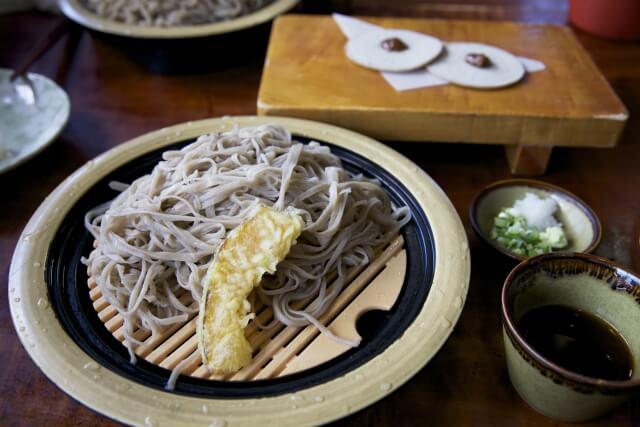 長野県で愛され続ける「戸隠そば」の美味しさ、魅力を徹底解明!