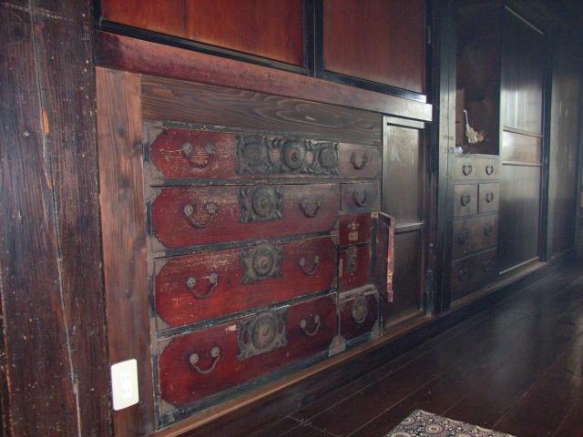 岩手の伝統「岩谷堂箪笥」の時代を超えた新たな形とは