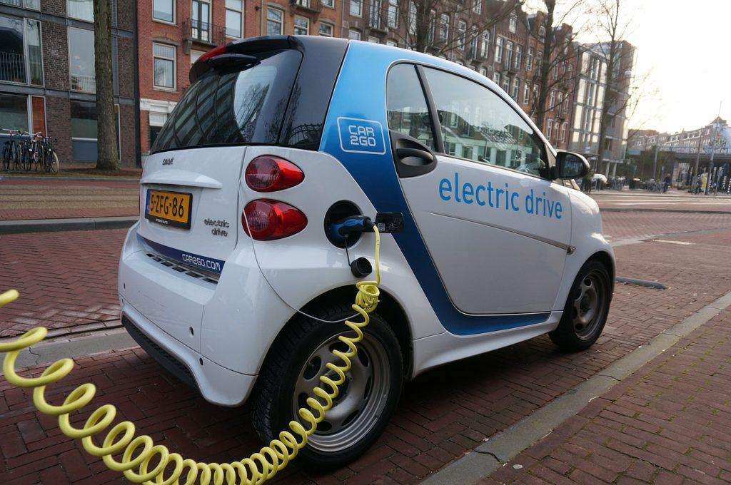 未来の車「ゼロエミッション車」
