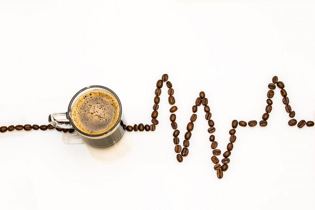 カフェイン中毒の原因と症状