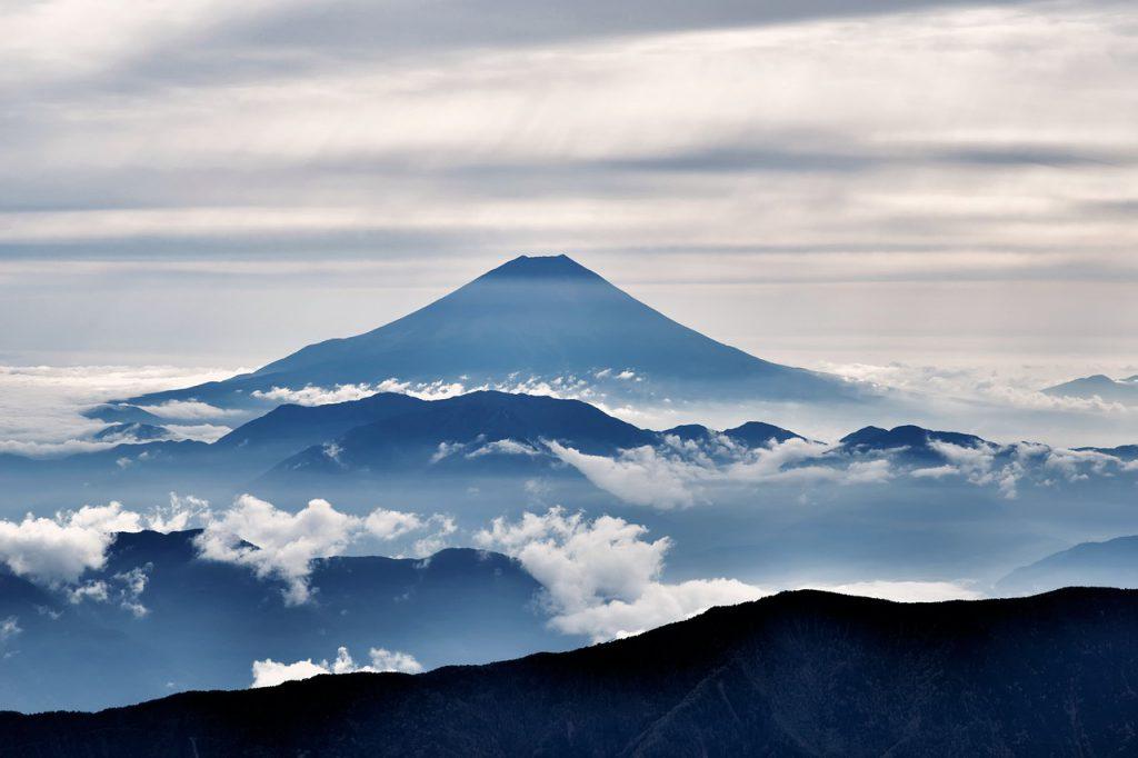 クールジャパンとは 海外へ向けていかに日本の魅力を知ってもらうべきか