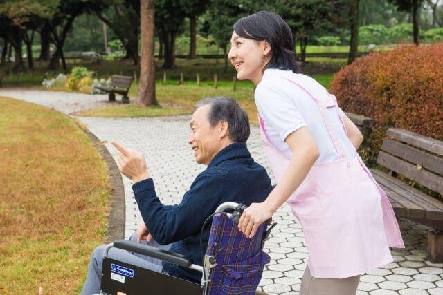 今後の日本を支える「ホームヘルパー」の気になる仕事内容と利用料金