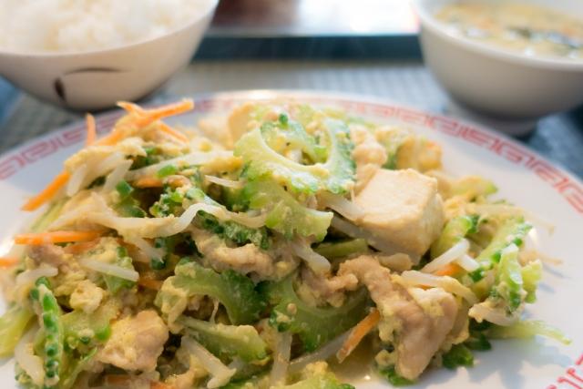 沖縄のさまざまなチャンプルー料理
