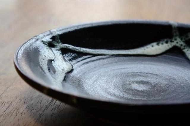 おしゃれな伝統工芸品「益子焼」とは