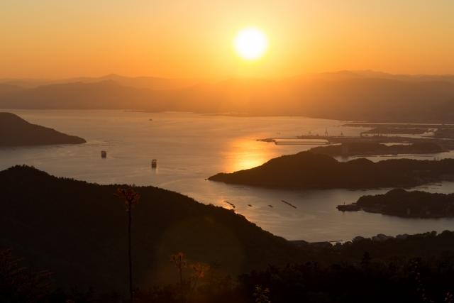 牡蠣養殖の盛んな広島湾