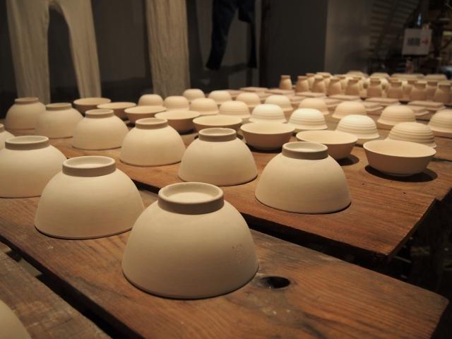 瀬戸焼の伝統工芸品「赤津焼」と「瀬戸染付焼」