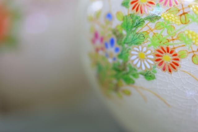 国内外から絶賛される伝統工芸品「薩摩焼」の特徴と歴史
